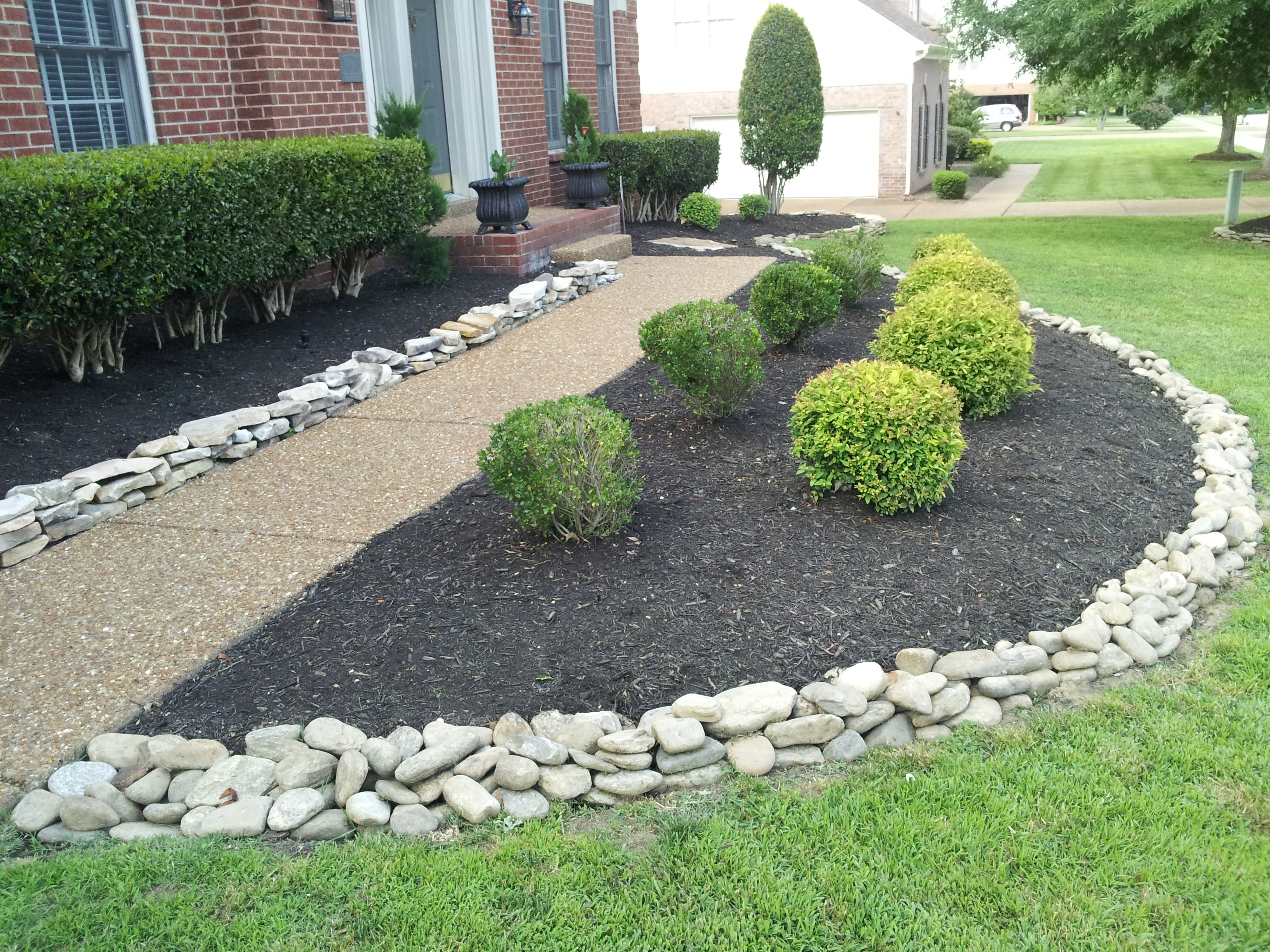 Landscaping rock residential archives franklin stone for Stone landscaping ideas