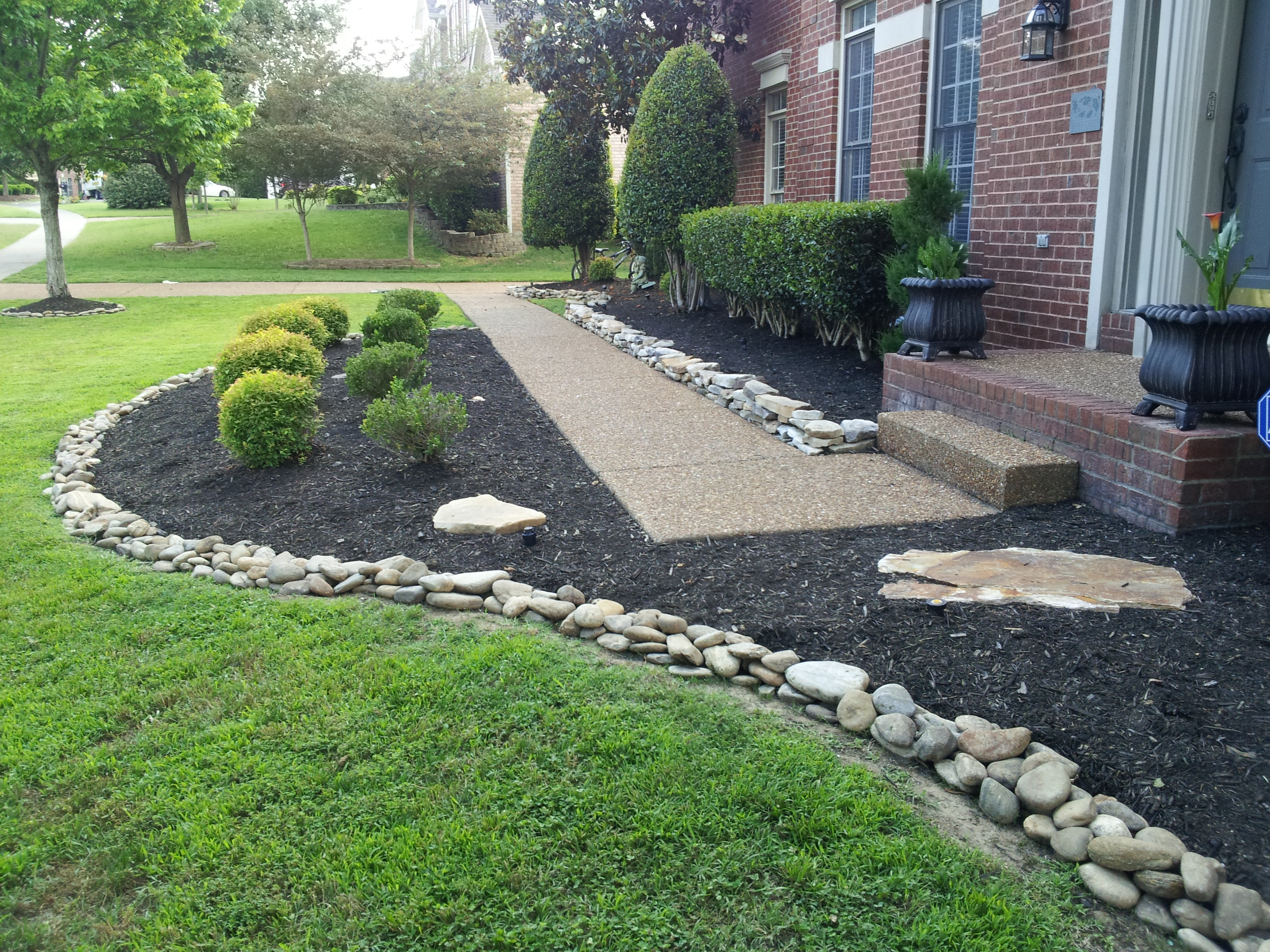 Landscaping rock residential archives franklin stone for River rock landscaping