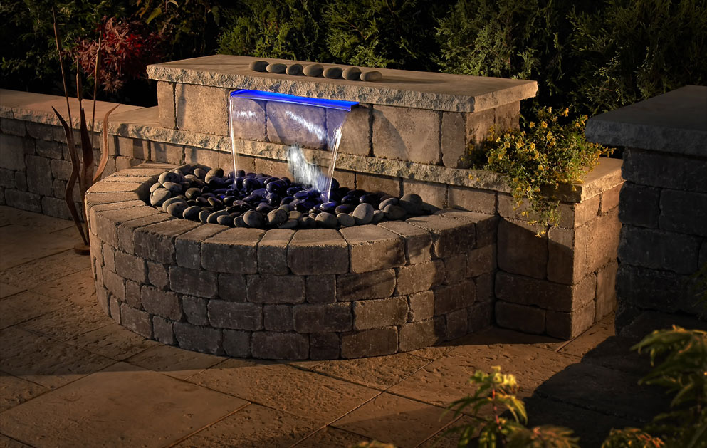 Grand waterfall franklin stone landscaping rocks for Do it yourself water features