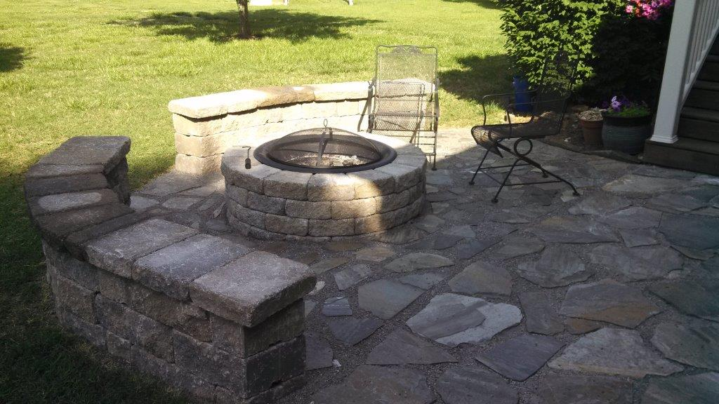 Patio firepit area 2 franklin stone for Gravel fire pit area