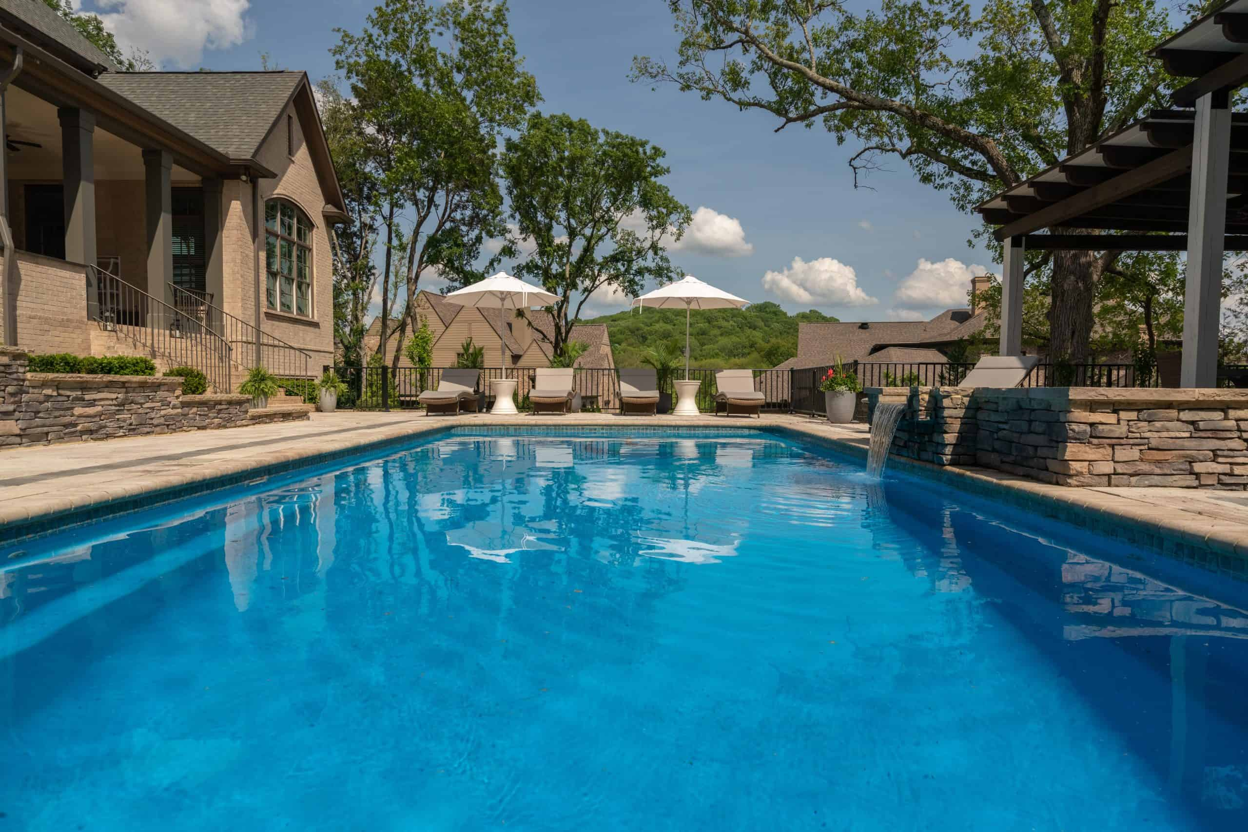 Franklin, pools, construction, Middle TN, spa with running water features
