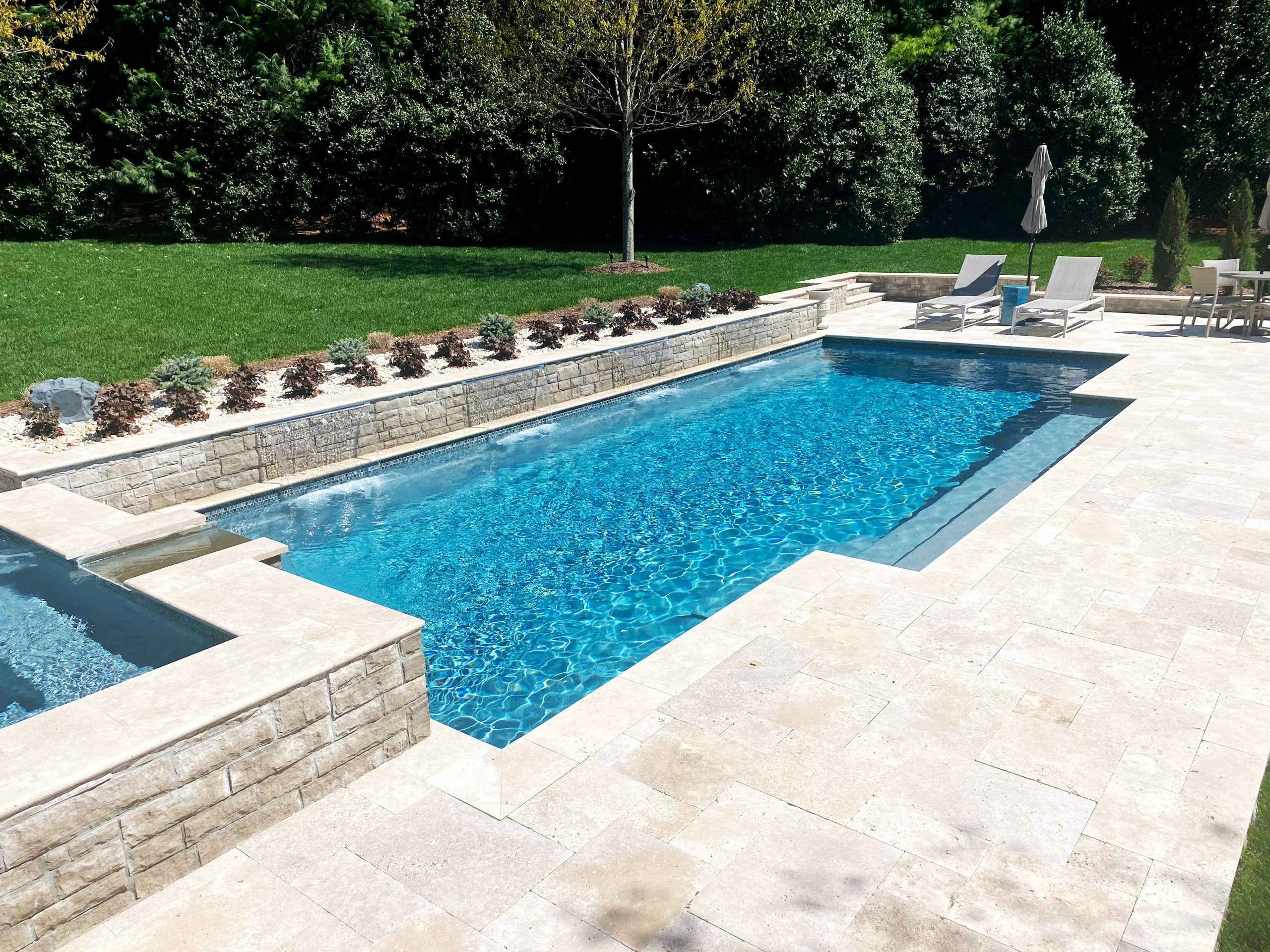 Franklin Stone Pools Backyard Pool Franklin Stone Pool - Hot Tub - Spa - Installation - Fire Pit Installation - Stone - Construction - Spa