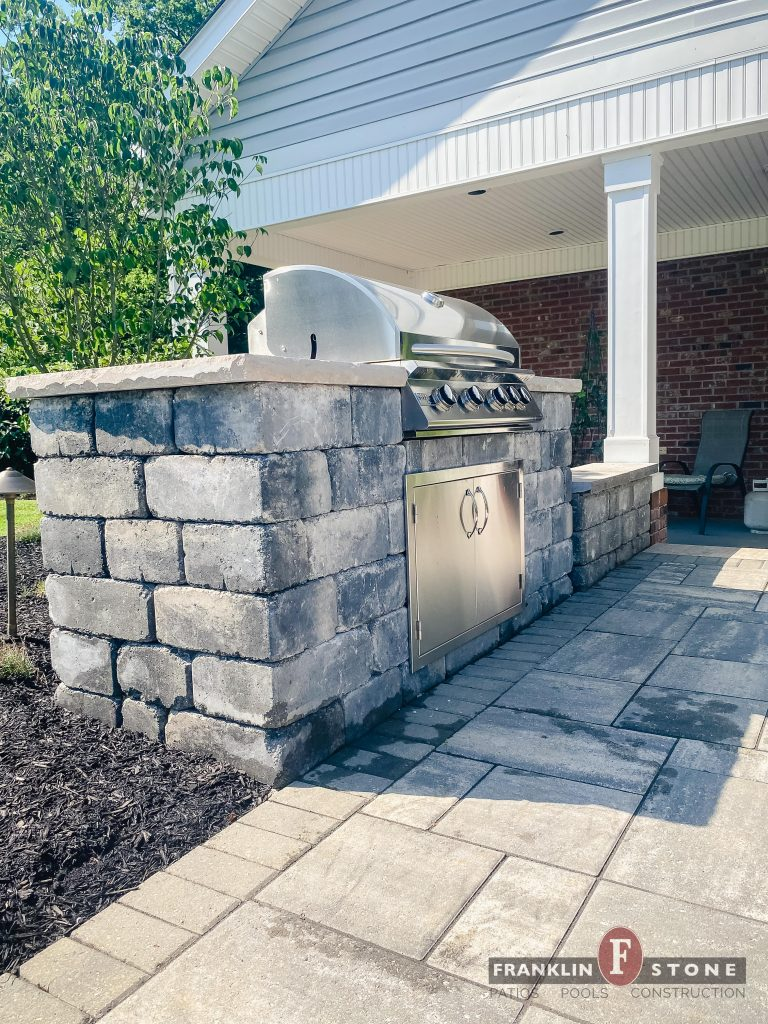 Franklin Stone Brentwood Fire Pit Patio Pool Stone Wall